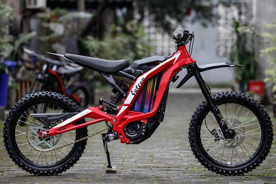 Youth_Bike_2020_in_Red